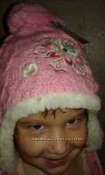 Шапка зимняя для девочки новая. от 3 до 6 лет.