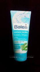 Крем для рук Balea, легкая текстура, смягчает и питает кожу рук