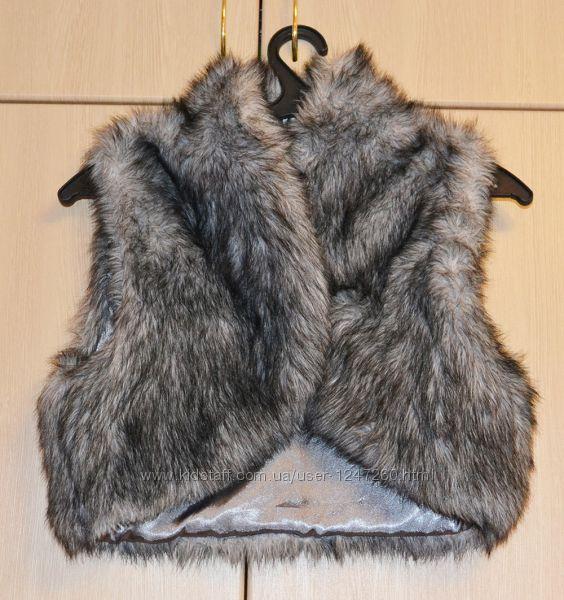 Меховая жилетка Marks&Spenser