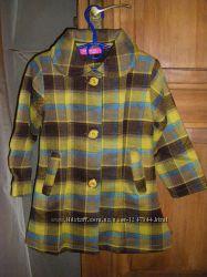 Уютные пальтишки девочке 98 -116 см