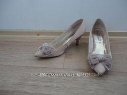 Распродажа красивые туфли