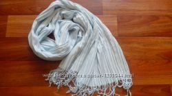 Красивый женский шарф небесного цвета