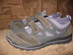 Мембранные новые туфли кроссовки мокасины Ricosta 41р-27см Ecco Geox