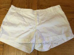 Продам белые шорты