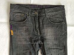 Якісні джинси для дівчини 146 см. Wojcik.