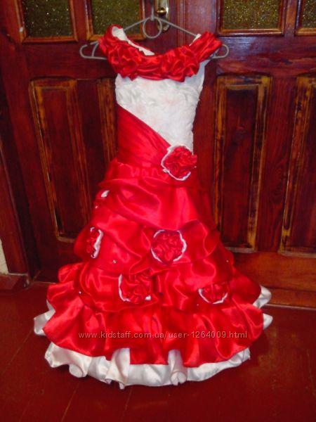 Платье выпускное бальное новое