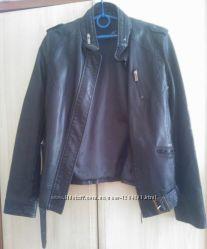 Крутая куртка кожзам аля косуха