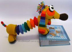 Вязаная игрушка Радужная такса Ручная работа подарок сувенир собака собачка