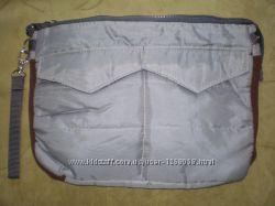 Удобная и стильная сумочка для нетбука или планшета