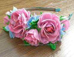 Ободок из фоамирана. Розы и гротензия. Авторская ручная работа.