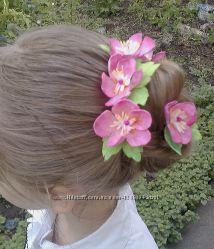 Украшение для волос цвет яблони на шпильках. Фоамиран.