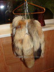 Продам хвосты лисы и енота.