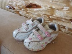 Шкіряні кросівочки Skechers