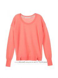 яркий свитер Victorias Secret