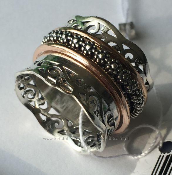 Новое красивое серебряное кольцо с позолотой Серебро 925 пробы