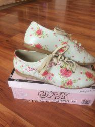 Туфли в цветочный принт
