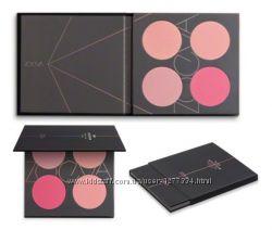 В наличии палетка румян ZOEVA Pink Spectrum Blush Palette