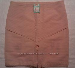 Моделирующие трусы-шорты с утяжкой. Производство Германия. Размер 50-52
