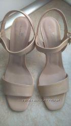 Кожаные босоножки Gloria Ortiz 40 размер
