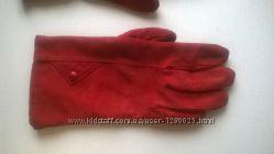 теплые красные перчатки из замши