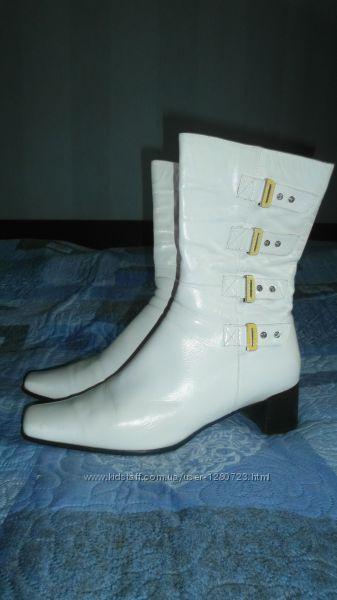 сапоги белые