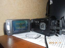 Продам цыфровую видеокамеру SONY HDR -CX 180 в отличном состоянии