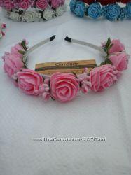 Ободок с цветами Розовые розы Диаметр розы 40мм