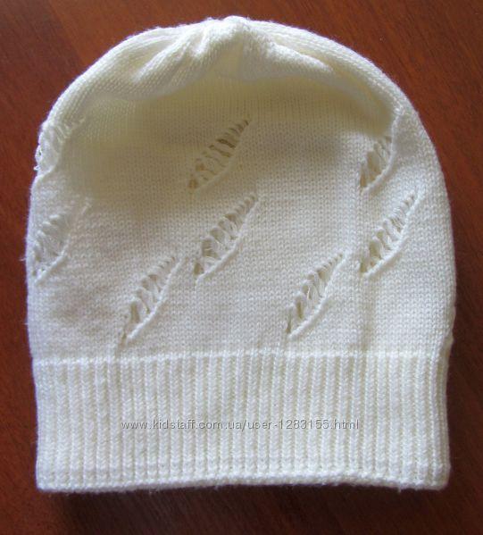 Две шапочки на девушку
