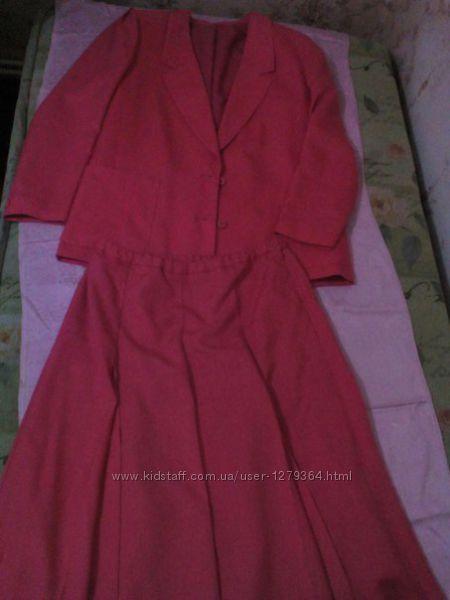 Женский нарядный классический костюм бренд Alexon