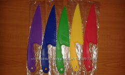 Пластиковий ніж-лопатка для силіконових форм
