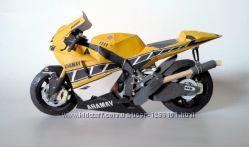 Мотоцикл бумажная сборная модель-конструктор