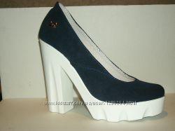 Модные женские туфли на тракторной подошве Натуральная кожа и замша