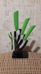 Ножи керамические с подставкой зелёные. Новые
