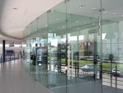 Cтеклянные двери, конструкции и зеркальные пано любой сложности