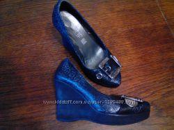 красивенные кожанные профессиональные туфли на танкетке Prof