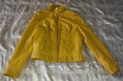 Куртка стильная с шипами отличная р. 42 - 44
