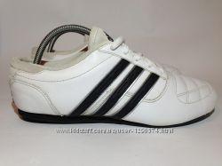 Кроссовки Adidas оригинал   кожа24, 5 см стелькакожа нат.