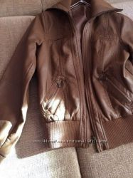Продаю шкіряну курточку