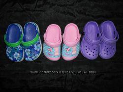 кроксы девочке 24-25 размера