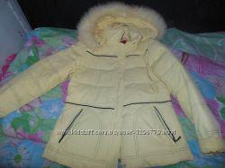 Зимова жiноча куртка в дуже гарному станi, пух.