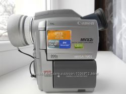 Видеокамера Canon MVX2i