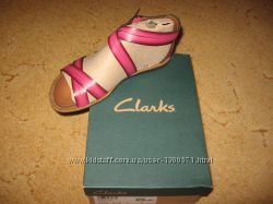 Новые босоножки Clarks, р. 36