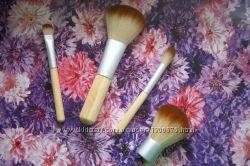Набор кистей для макияжа в чехле, привезены из США