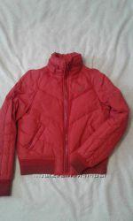 Красная курточка фирмы Junker
