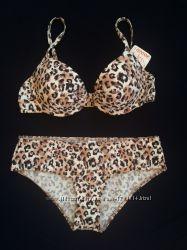 Качественный леопардовый купальник C&A