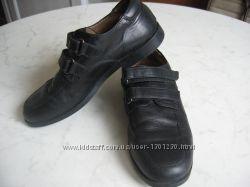 фирменые туфли на мальчика, р. 33