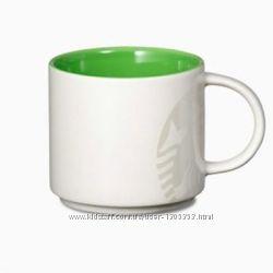 Керамическая чашка с оригинальным принтом Starbucks