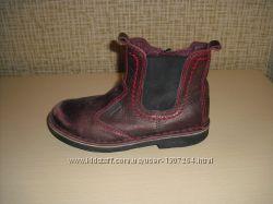 Демисезонные кожаные ботинки Ecco р. 28  стелька 17, 5  см