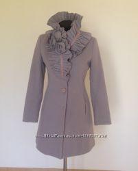 Стильное итальянское пальто Rinascimento. Размер S