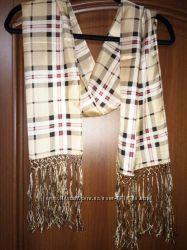 Продам новый  шелковый шарф Burberry